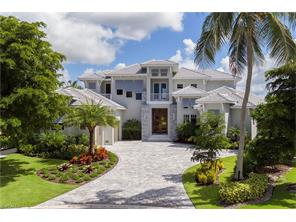 Naples Real Estate - MLS#216021637 Photo 3