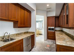 Naples Real Estate - MLS#216051037 Photo 22