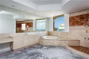 Naples Real Estate - MLS#216051037 Photo 16
