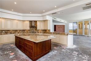 Naples Real Estate - MLS#216051037 Photo 9