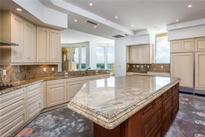 Naples Real Estate - MLS#216051037 Photo 10