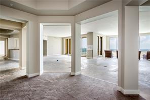Naples Real Estate - MLS#216051037 Photo 5