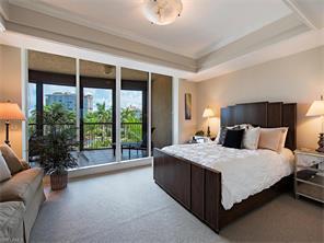 Naples Real Estate - MLS#216056437 Photo 11
