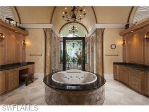 Naples Real Estate - MLS#215069638 Photo 13