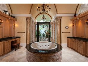 Naples Real Estate - MLS#215069638 Photo 10