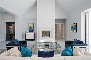 Naples Real Estate - MLS#216001738 Photo 3