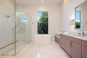Naples Real Estate - MLS#216001738 Photo 10