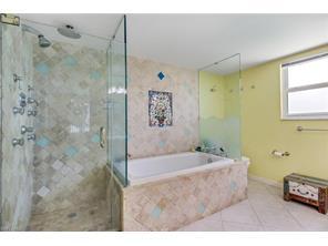 Naples Real Estate - MLS#216010738 Photo 28