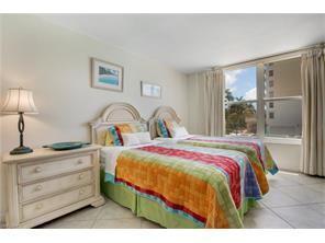 Naples Real Estate - MLS#216010738 Photo 31
