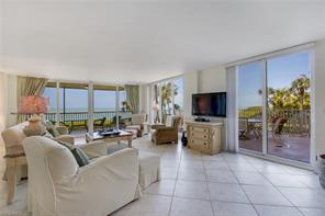 Naples Real Estate - MLS#216010738 Photo 13