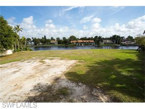 Naples Real Estate - MLS#216011338 Photo 14