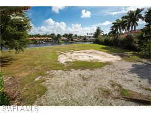 Naples Real Estate - MLS#216011338 Photo 19