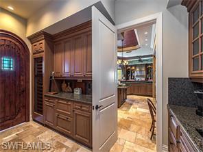 Naples Real Estate - MLS#216042538 Photo 6
