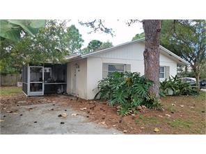 Naples Real Estate - MLS#216062338 Photo 5