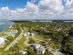 Naples Real Estate - MLS#217001138 Photo 3