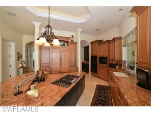 Naples Real Estate - MLS#215054340 Photo 7