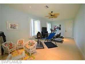 Naples Real Estate - MLS#215054340 Photo 23