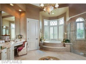 Naples Real Estate - MLS#216005040 Photo 15