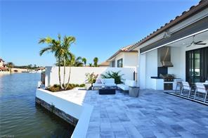 Naples Real Estate - MLS#216034741 Photo 3