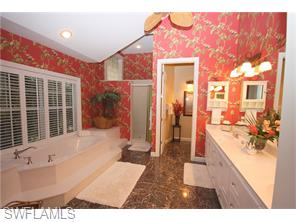 Naples Real Estate - MLS#216038541 Photo 18