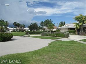 Naples Real Estate - MLS#216045641 Photo 8