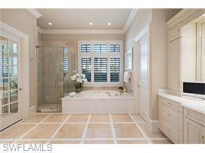 Naples Real Estate - MLS#216013342 Photo 16