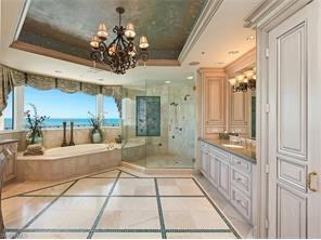 Naples Real Estate - MLS#216061342 Photo 12