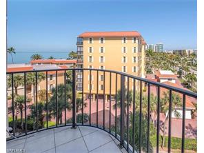 Naples Real Estate - MLS#216077042 Photo 2