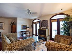 Naples Real Estate - MLS#216036044 Photo 3