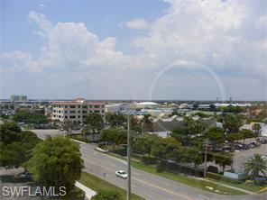 Naples Real Estate - MLS#215049645 Photo 7