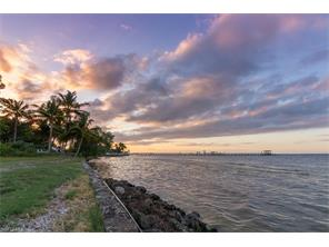 Naples Real Estate - MLS#217001945 Photo 26