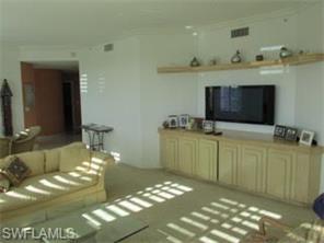 Naples Real Estate - MLS#217010445 Photo 3