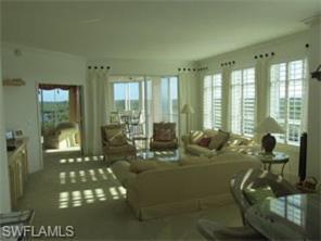 Naples Real Estate - MLS#217010445 Photo 4