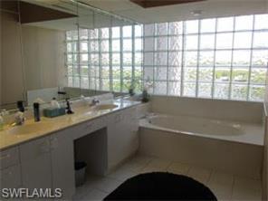 Naples Real Estate - MLS#217010445 Photo 10