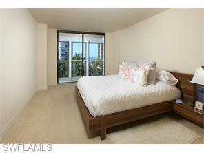 Naples Real Estate - MLS#215057646 Photo 22
