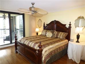 Naples Real Estate - MLS#216062046 Photo 8