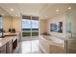 Naples Real Estate - MLS#217014347 Photo 12