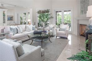 Naples Real Estate - MLS#216073048 Photo 3