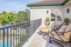 Naples Real Estate - MLS#216073048 Photo 18