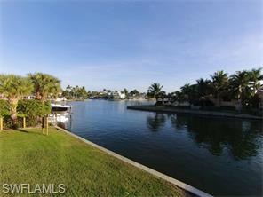 Naples Real Estate - MLS#215033950 Photo 4
