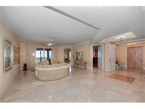 Naples Real Estate - MLS#216031050 Photo 10
