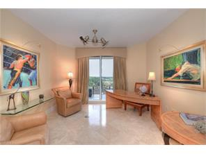 Naples Real Estate - MLS#216031050 Photo 18