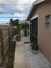 Naples Real Estate - MLS#217004350 Photo 3