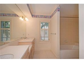 Naples Real Estate - MLS#217014950 Photo 16
