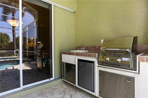 Naples Real Estate - MLS#216028151 Photo 17