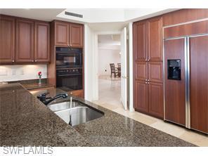 Naples Real Estate - MLS#214024952 Photo 13