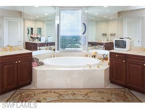 Naples Real Estate - MLS#214024952 Photo 25