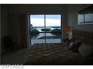 Naples Real Estate - MLS#216045253 Photo 3