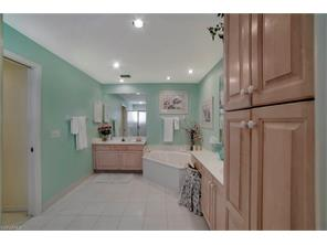 Naples Real Estate - MLS#217022653 Photo 5