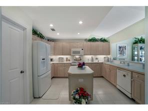 Naples Real Estate - MLS#217022653 Photo 11